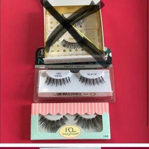 Bundle of two eyelashes